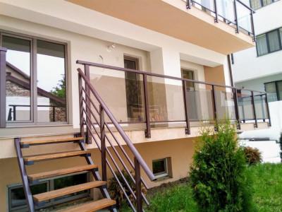 Oferta - 3 camere 1 MAI curte (60 mp)