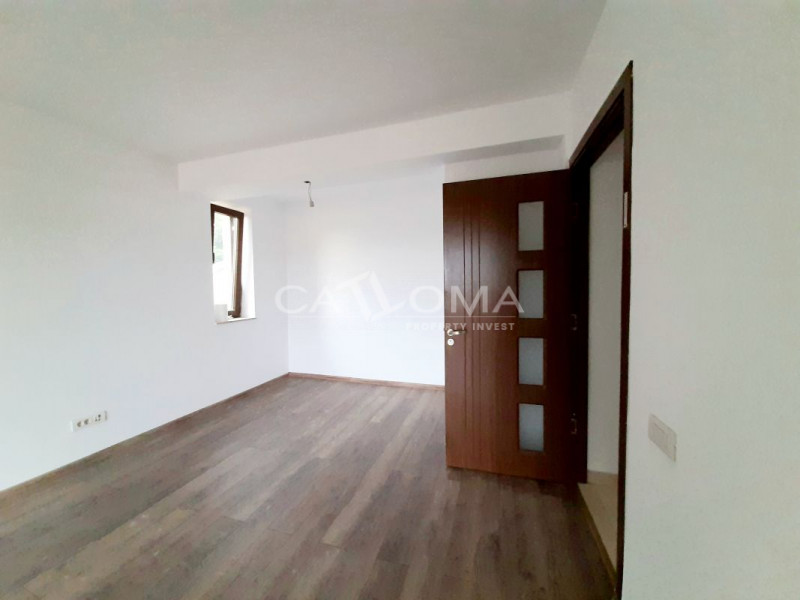 APARTAMENT IN VILA NOUA LA CURTE